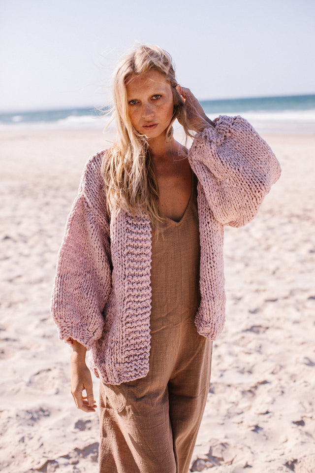 Ruth Cardigan Dirty Pink (Preorder March Delivery)
