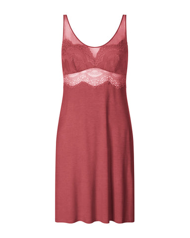 Triumph Darling Spotlight Lace Chemise