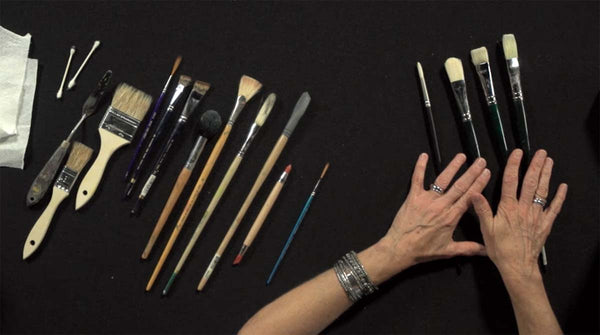 Laurel Daniels shares her favorite brushes for painting in oil