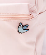 Bo the Parakeet Pin