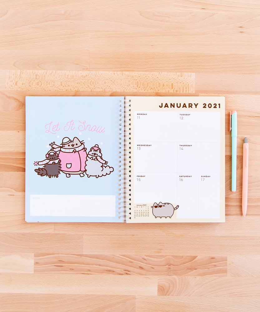 Pusheen 16-Month Planner