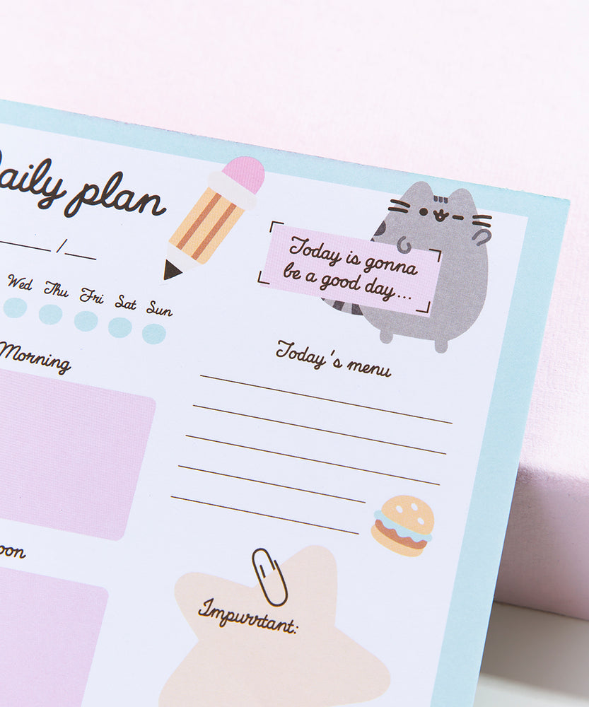 Pusheen Daily Desk Planner
