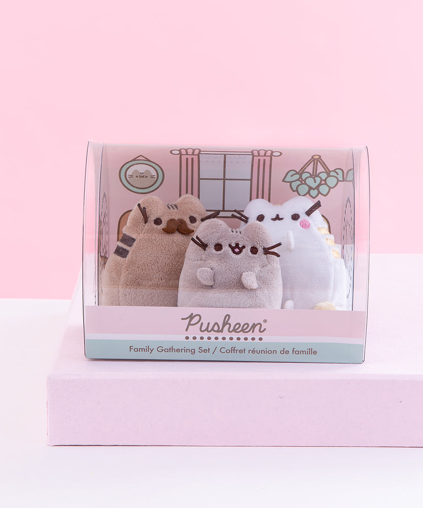 Pusheen Family Gathering Plush Collector Set