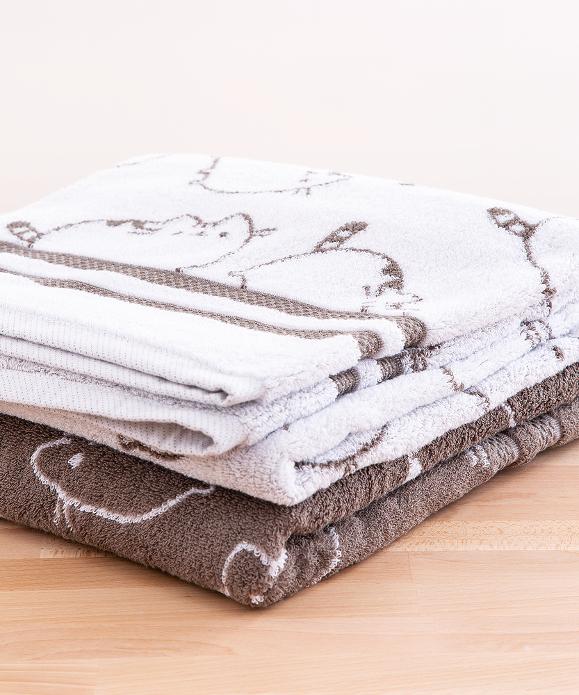 Pusheen Bath Towel