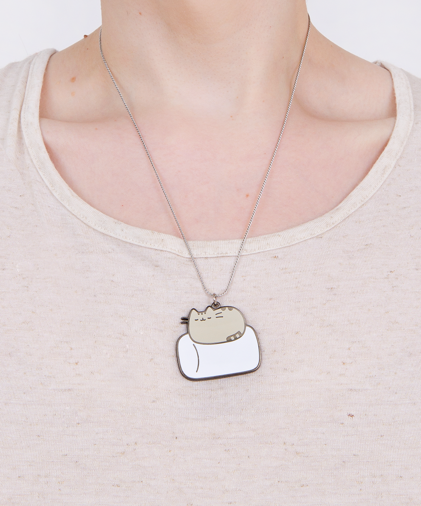 Metal Marshmallow Nap necklace