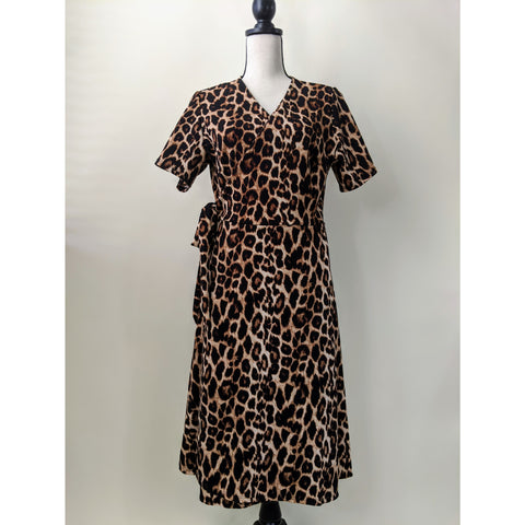 Cheetah Wrap Dress (Curvy)