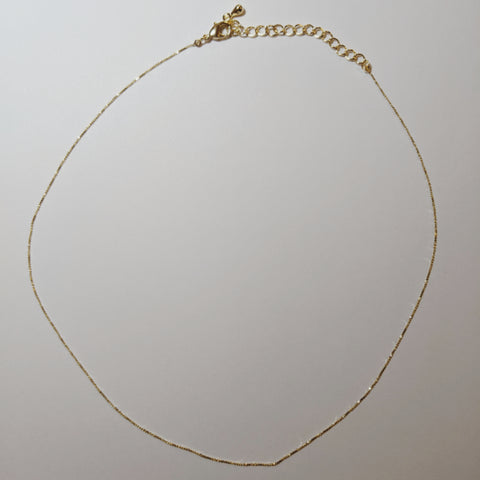 Accessories - Simple & Gold Chain Necklace