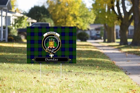 ScottishShop Dundas Yard Sign - Tartan Crest Yard Sign