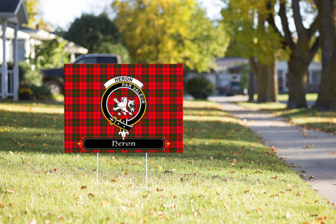 ScottishShop Heron Yard Sign - Tartan Crest Yard Sign