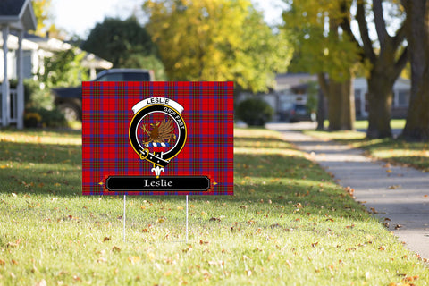 ScottishShop Leslie Yard Sign - Tartan Crest Yard Sign