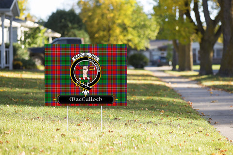 ScottishShop MacCulloch (McCulloch) Yard Sign - Tartan Crest Yard Sign