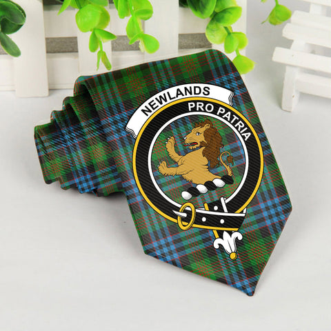 Newlands Tartan Tie with Clan Crest TH8