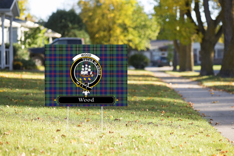 ScottishShop Wood Yard Sign - Tartan Crest Yard Sign