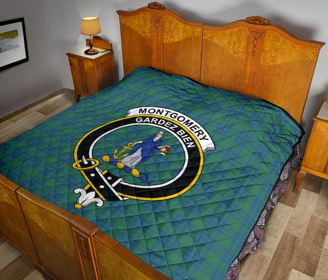 Image of Premium Quilt - Montgomery Ancient Tartan Quilt - Clan Crest TH8