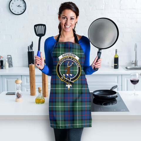 Image of Tartan Apron - Davidson of Tulloch  Apron With Clan Crest HJ4