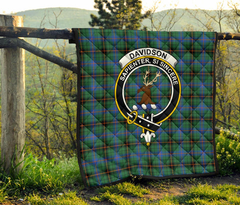 Image of Premium Quilt - Davidson Ancient Tartan Quilt - Clan Crest TH8