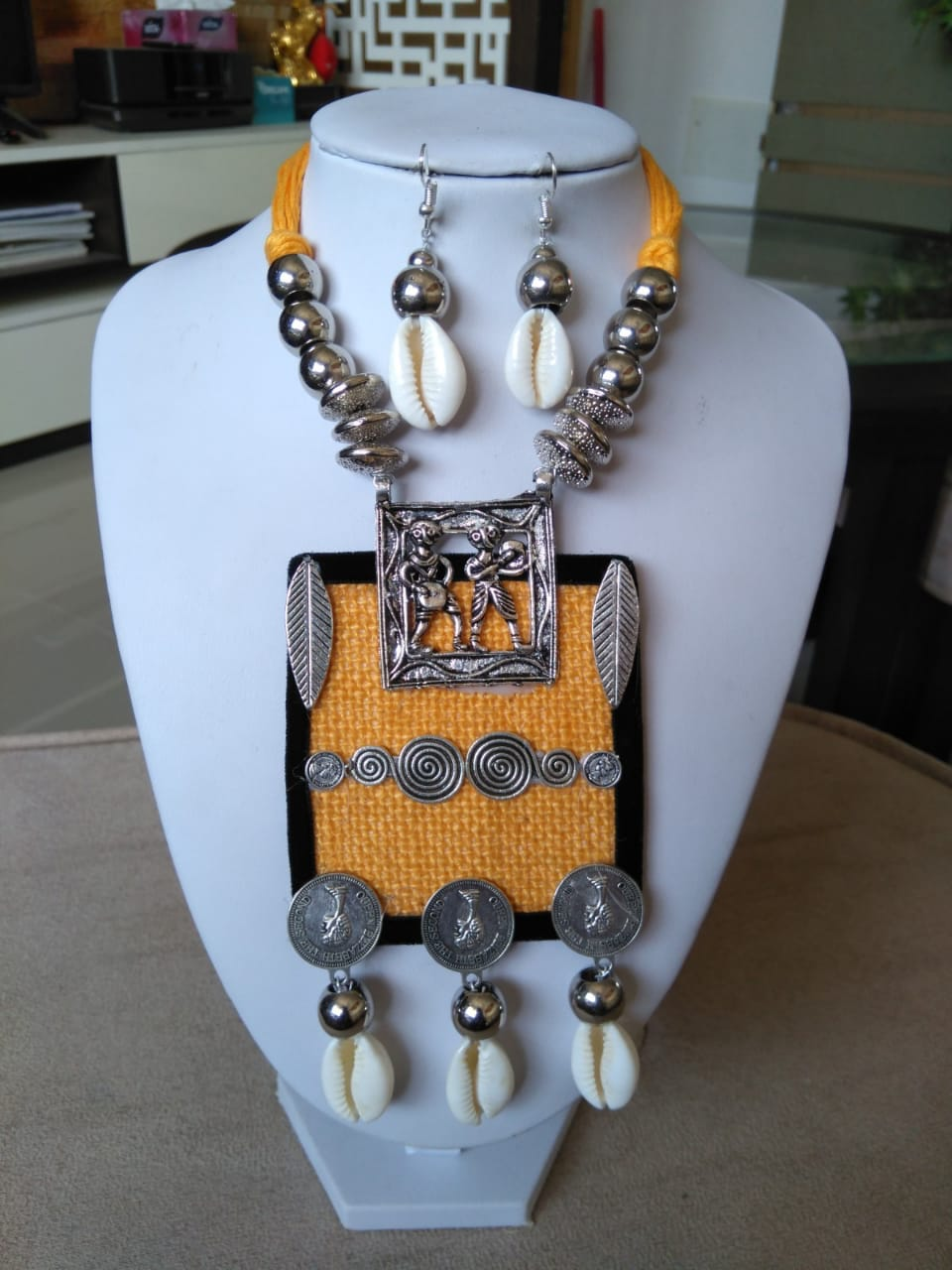 Stylish Jewellery Yellow Colour Necklace  & Earrings Set for Girls and Women