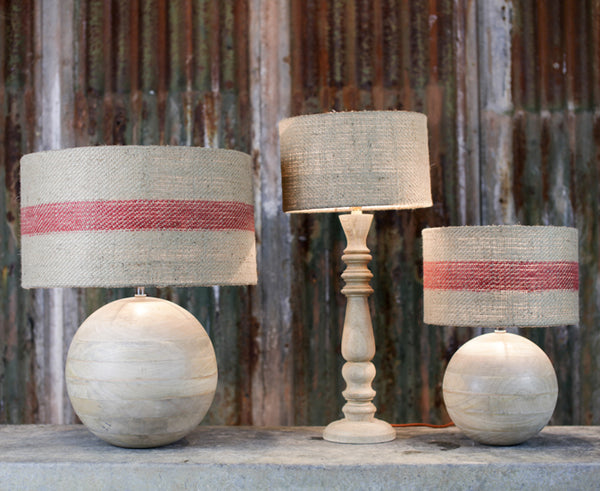 Mango wood lamps with lampshades