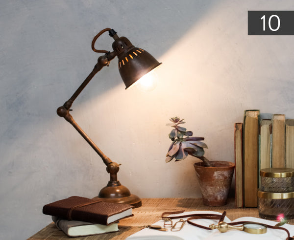 Tubu Desk Lamp