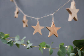 Nkuku CHRISTMAS DECORATIONS Chana Mango Wood Star Garland
