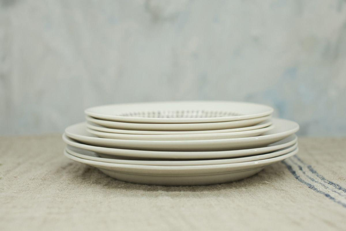 Nkuku TABLEWARE Dew Drop Plate