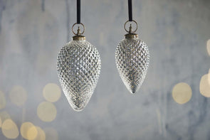 Nkuku CHRISTMAS DECORATIONS Harini Giant Baubles - Antique Silver