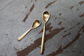 Nkuku TABLE ACCESSORIES Jahi Gold Flat Spoon