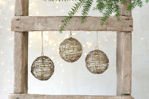 Nkuku CHRISTMAS DECORATIONS Ngoni Wire Opening Bauble
