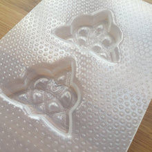 Load image into Gallery viewer, Heart Trinity Knot Plastic Mold