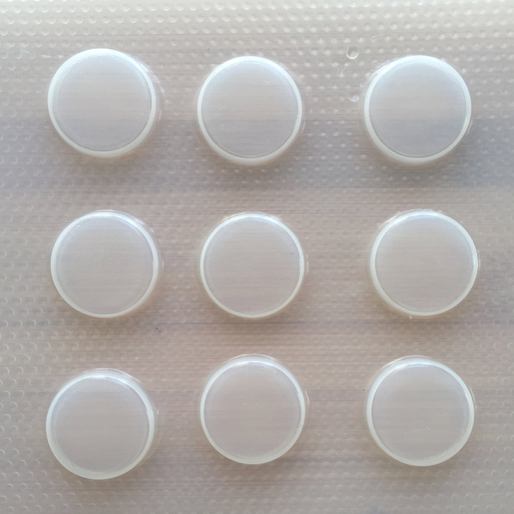 25 mm Circle Plastic Mold - 0.5 cm deep