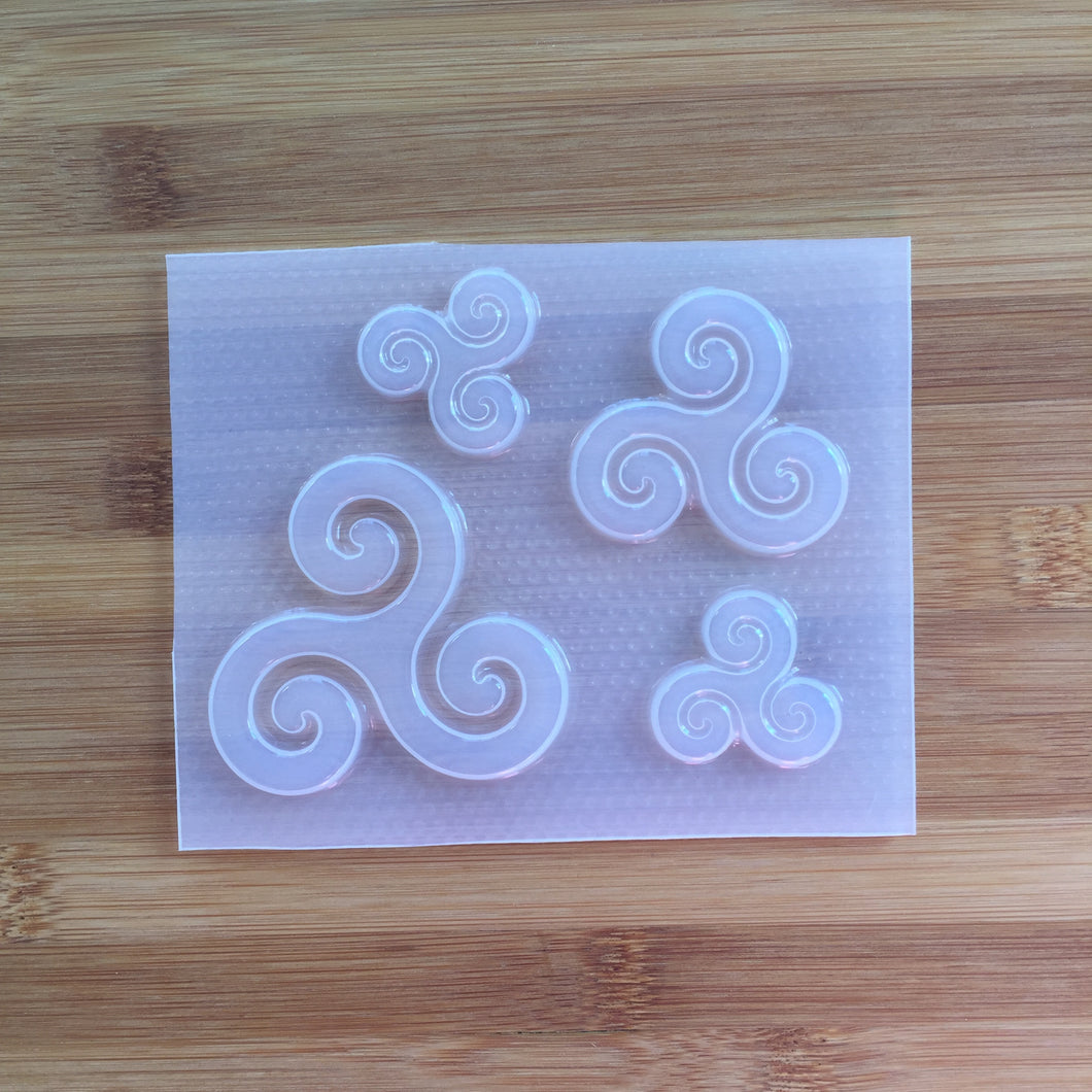 Triple Spiral Mold