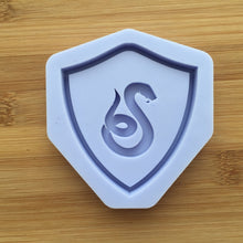 Load image into Gallery viewer, Snake Crest Shaker Silicone Mold