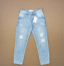 Load image into Gallery viewer, Forever 21 Girls Light Blue Ripped Jeans - Size: 5/6