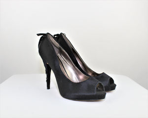 BCBGMAXAZRIA Black Leather Satin Heels - Size: 6.5