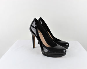 Vince Camuto Black Leather Heels - Size: 9B
