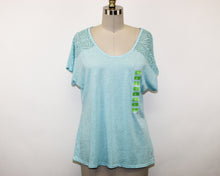 Load image into Gallery viewer, Free2B Blue Blouse - Size: L
