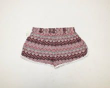 Load image into Gallery viewer, Aeropostale Printed Shorts - Size: S
