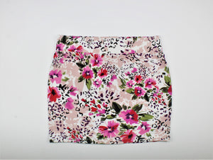 Zenana Outfitters Multi-Color Floral Print Mini Skirt - Size: S