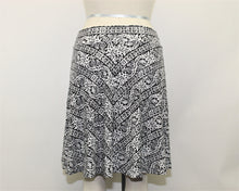 Load image into Gallery viewer, Ann Taylor LOFT Black and White Skirt - Size: S