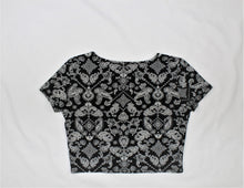 Load image into Gallery viewer, Forever 21 Black Print Short Sleeve Top - Size: XL
