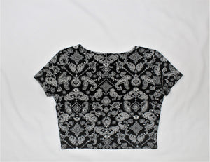 Forever 21 Black Print Short Sleeve Top - Size: XL