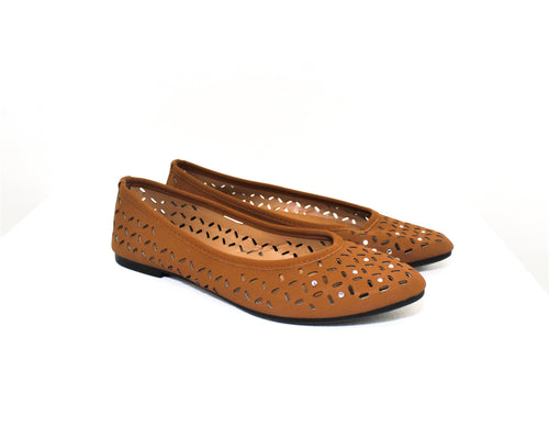 Just be Brown Solid Flats - Size: 8
