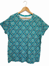 Load image into Gallery viewer, ST. John's Bay Multicolor Classic Crew Neck T-shirt - Size: 1X