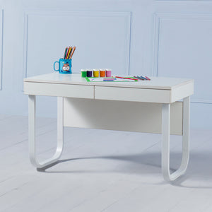 Explorer<br><i> <small>Kids Desk in White</i></small>