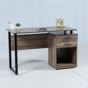 Review<br><i> <small>Office Desk with Drawers in Walnut</i></small>