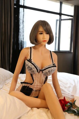 "165cm(5'41"") F-cup Sex Doll Sharon"