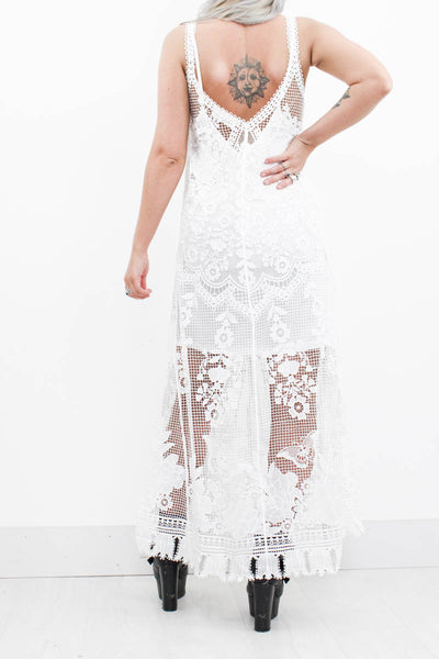 California Calling Lace Maxi - little-lies-uk