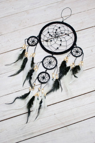 Dazed and Confused Dreamcatcher - little-lies-uk