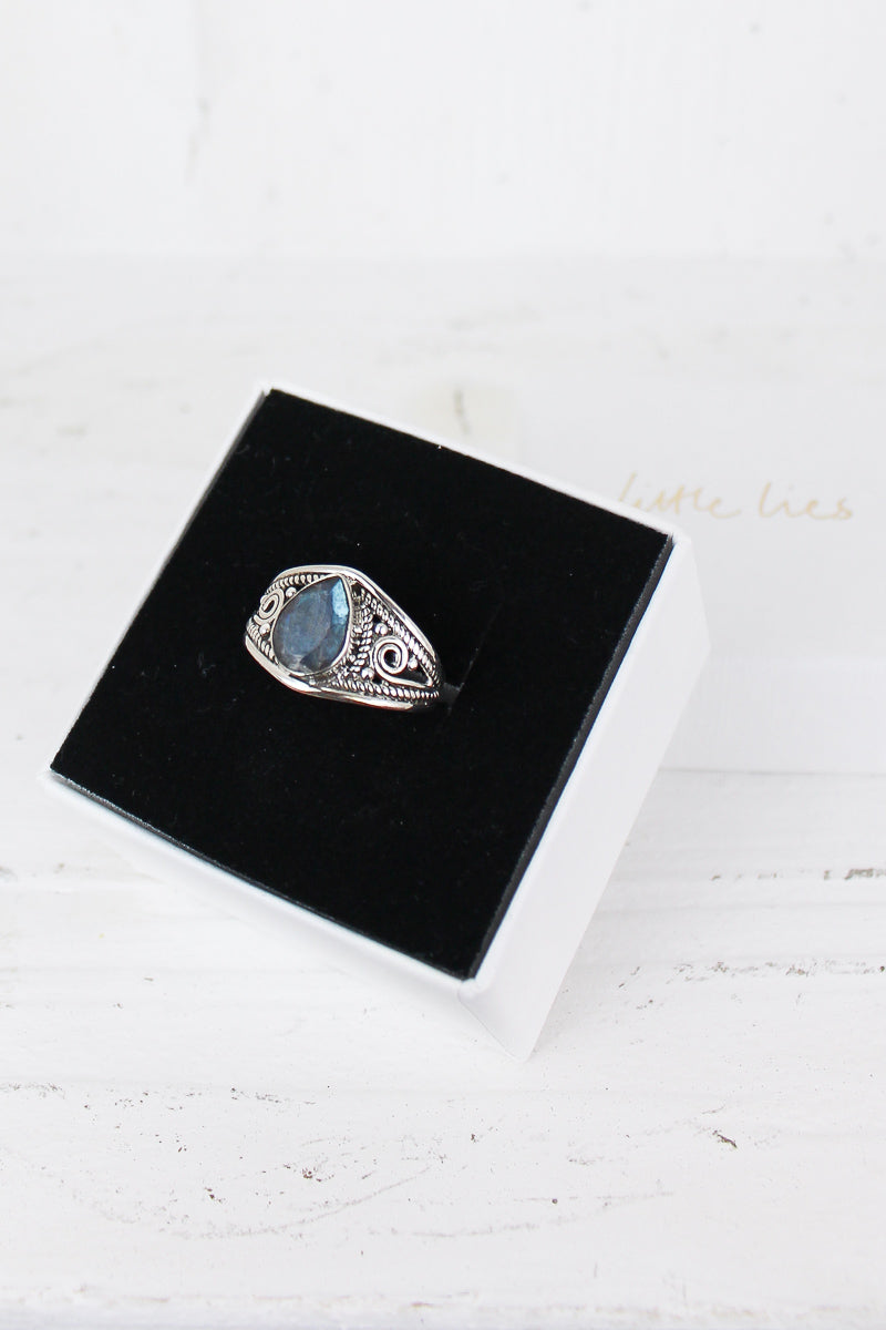 Sterling Silver Teardrop Labradorite Ring