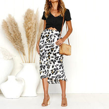 Load image into Gallery viewer, High Waisted Leopard Printed Fashion Skirts